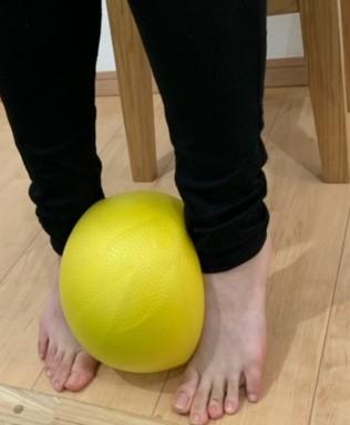 後脛骨筋と腓骨筋のエクササイズ